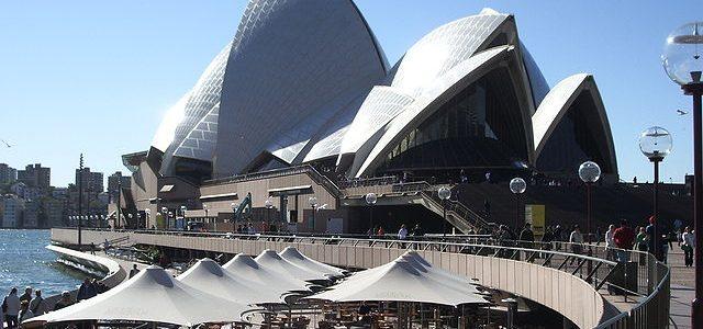 Rejoindre un groupe de jeunes voyageurs et passer un séjour en Australie